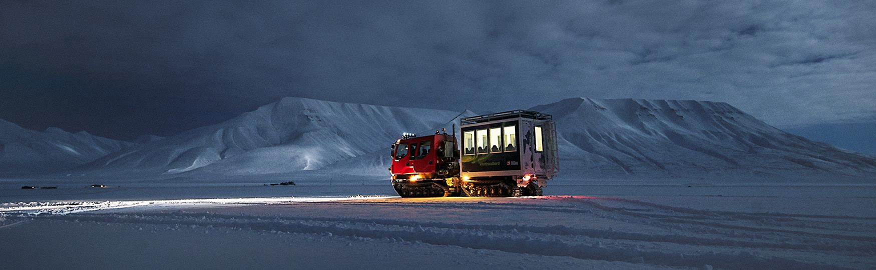 Snowcat panorama tours