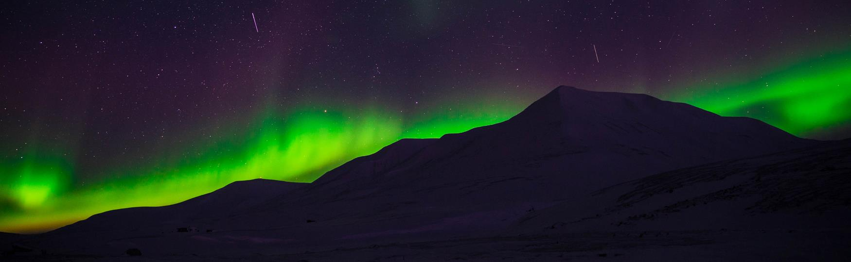 Explore the Northern Lights Winter