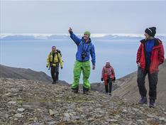 Thumbnail for 10 popular summer hikes around Longyearbyen