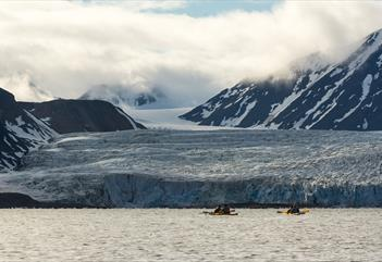 Wilderness camp: 4 days with hiking, glacier exploring and kayaking  - Svalbard Wildlife Expeditions