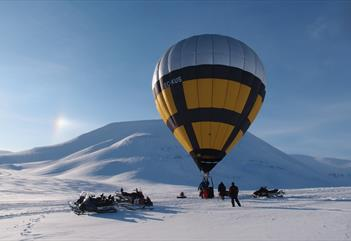 Amazing Hot Air Ballon Adventure- Spitzbergen Adventures