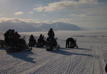 Snowmobile to Barentsburg - Arctic Adventures