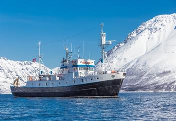 Sightseeing in Isfjord - Arctic Expedition AS