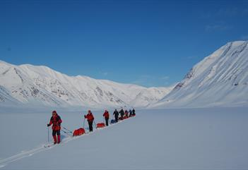 Winter ski expedition: Discover Svalbard with skis and pulk - Svalbard Wildlife Expeditions