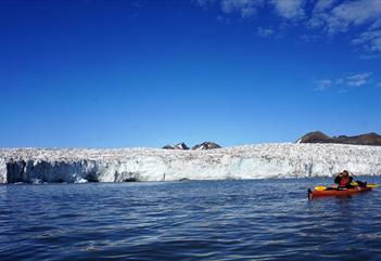 Wilderness camp 4 days: Kayaking, glacier walk and hikes  - Svalbard Wildlife Expeditions